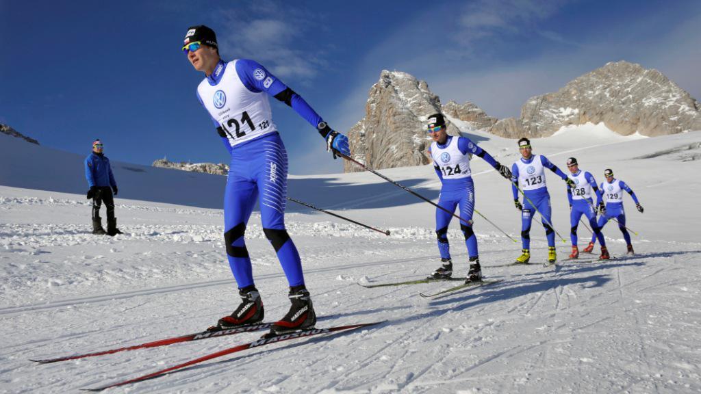 Čeští běžci na lyžích