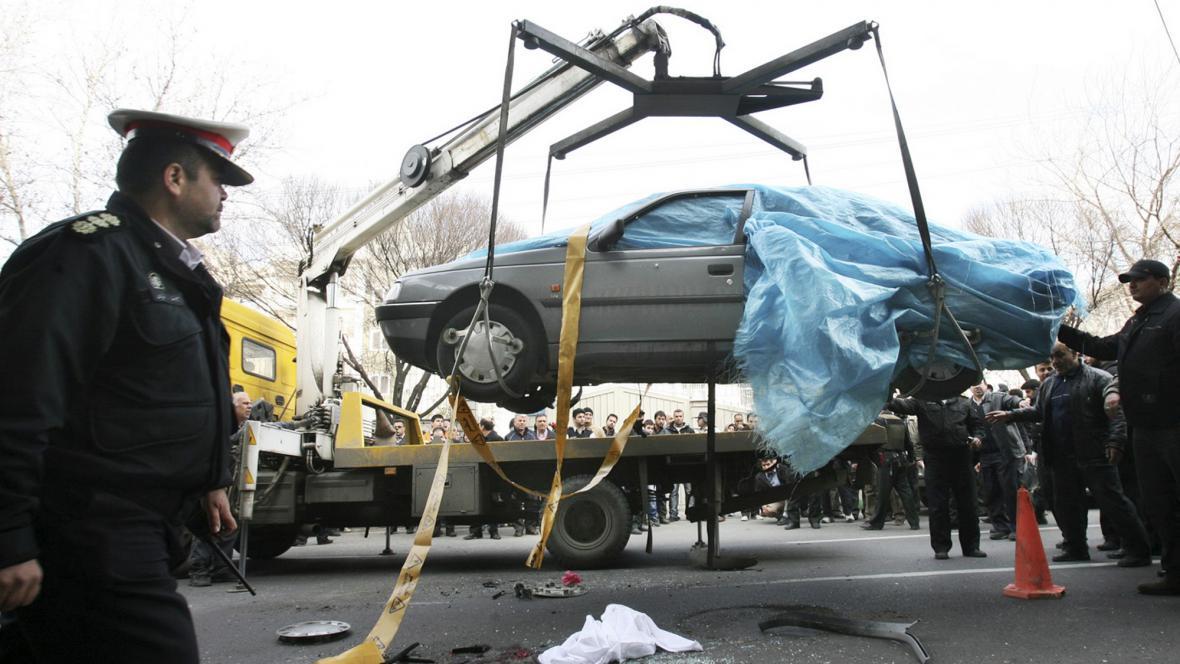 Při výbuchu automobilu zahynul íránský jaderný expert