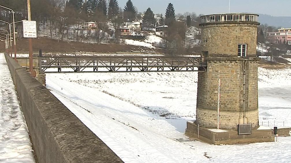 Luhačovická přehrada v zimě