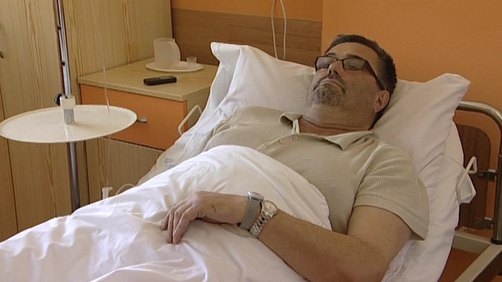 Pacient s čipovým náramkem
