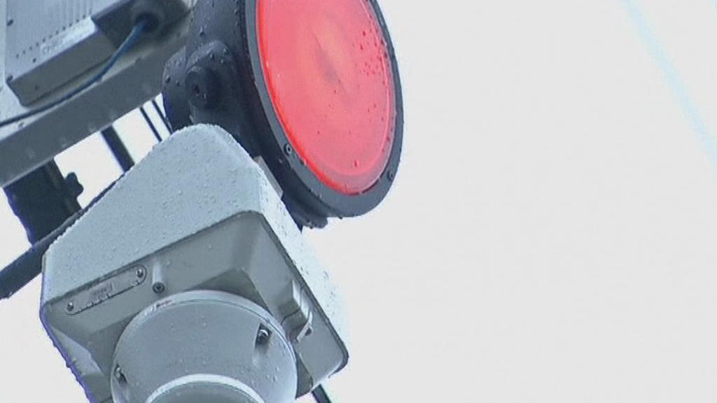 Červené osvětlení označuje zločince