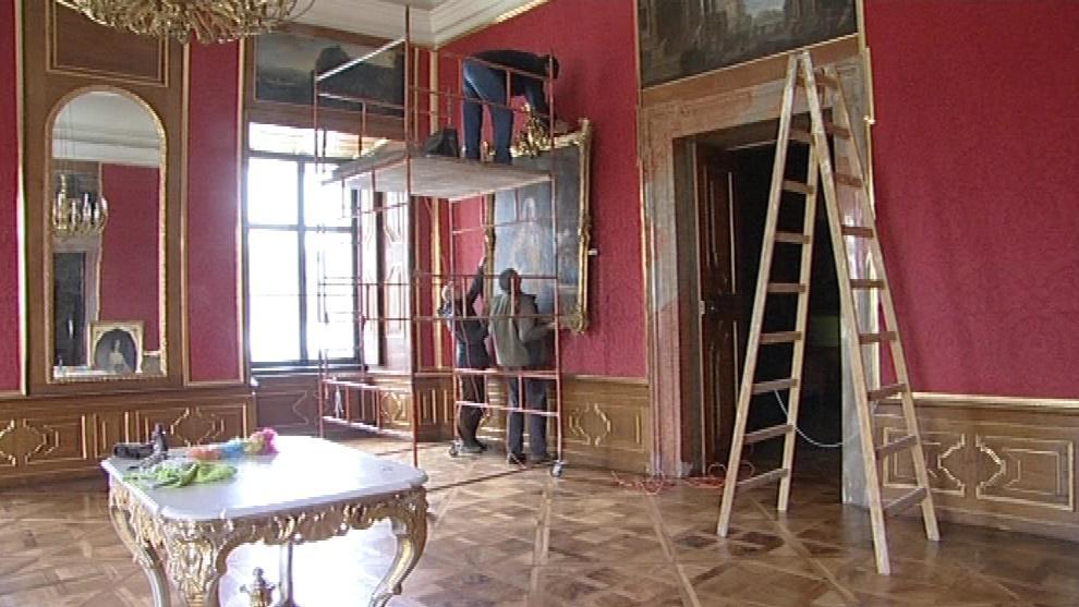 Interiéry se upravují podle původních plánů