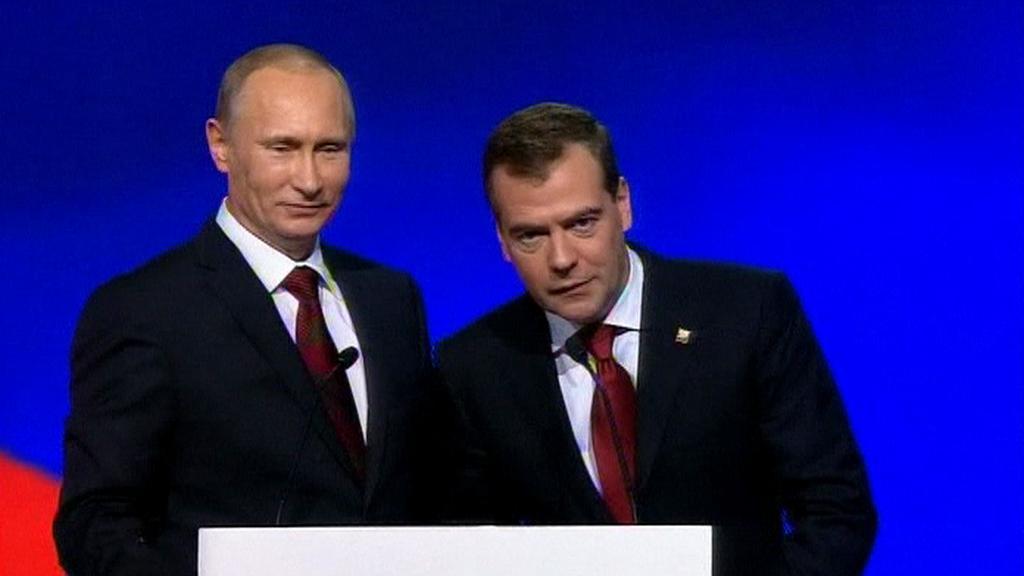 Vladimír Putin a Dmitrij Medvěděv