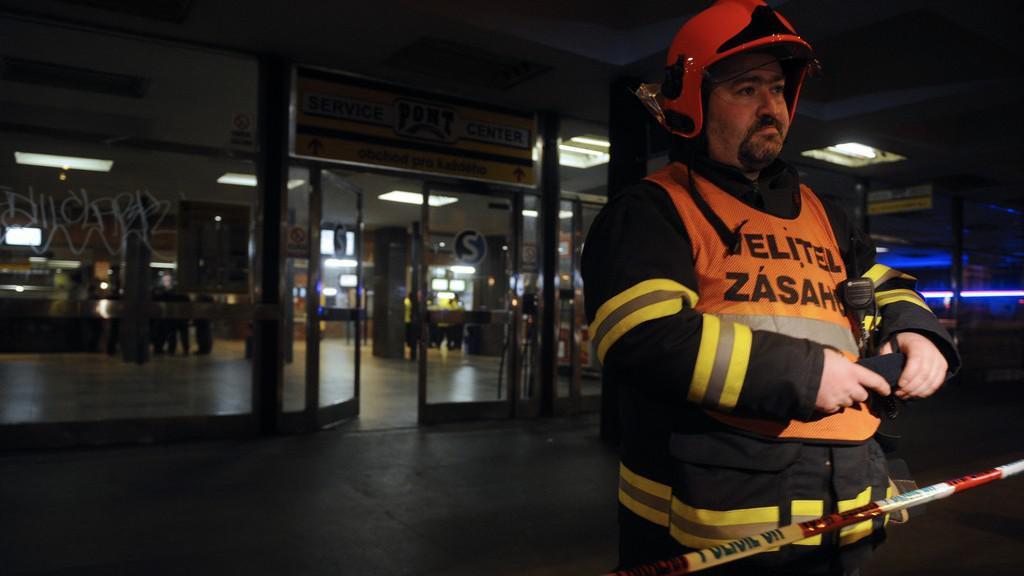 Na místě zasahoval integrovaný záchranný systém včetně pyrotechniků