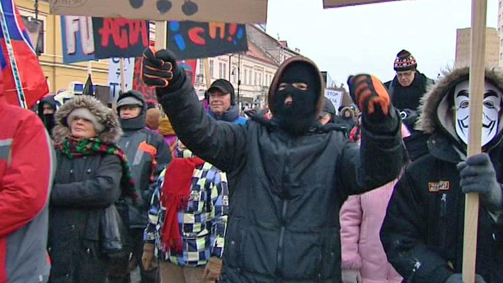 Slováci protestovali proti korupci odhalené ve spise Gorila