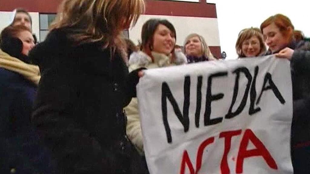 Polský protest proti smlouvě ACTA