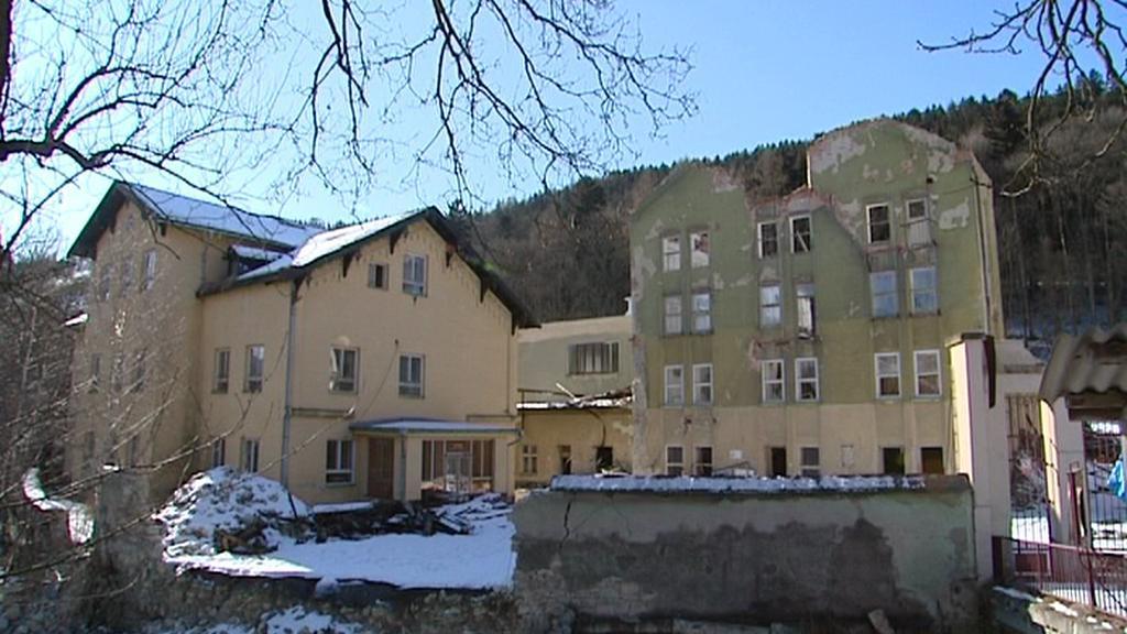 Bývalá továrna v Brněnci