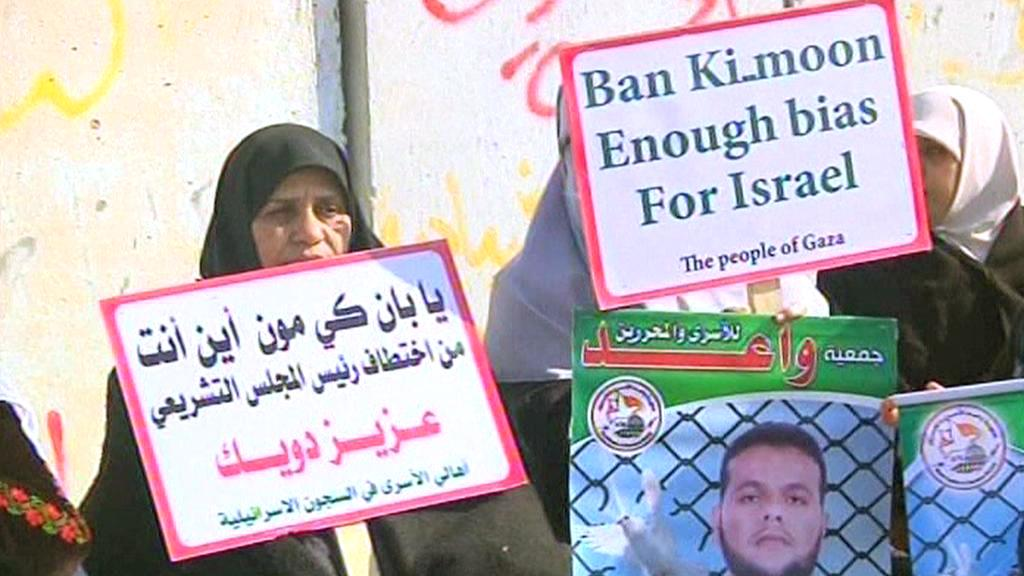 Palestinci protestují proti návštěvě Pan Ki-muna v Gaze