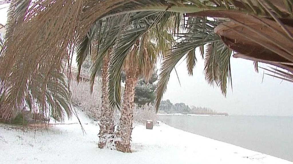 Francouzské středomořské pobřeží pokryl sníh