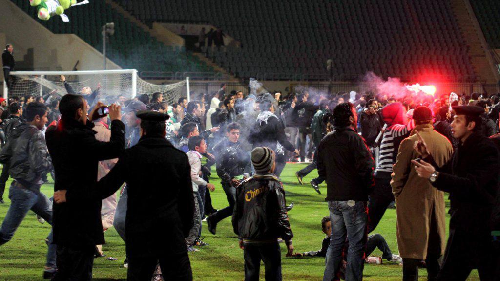 Nepokoje na stadionu v Port Saíd