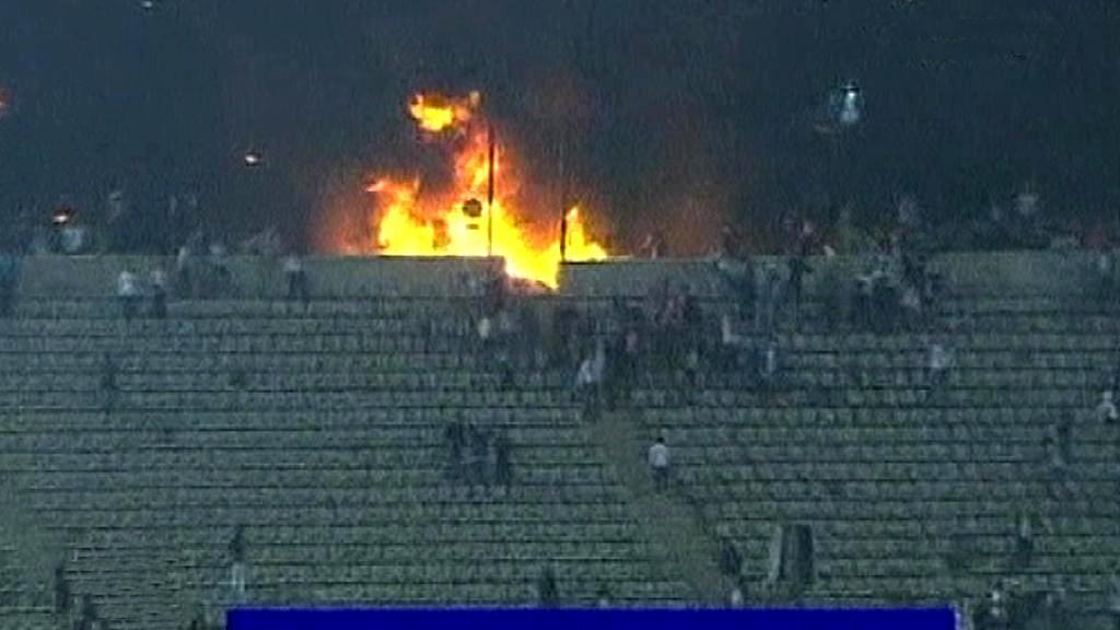 Požár na stadionu v Egyptě