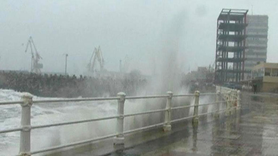 Mrazivé počasí panuje i u moře