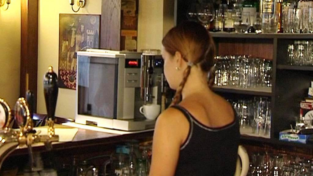Servírka v restauraci