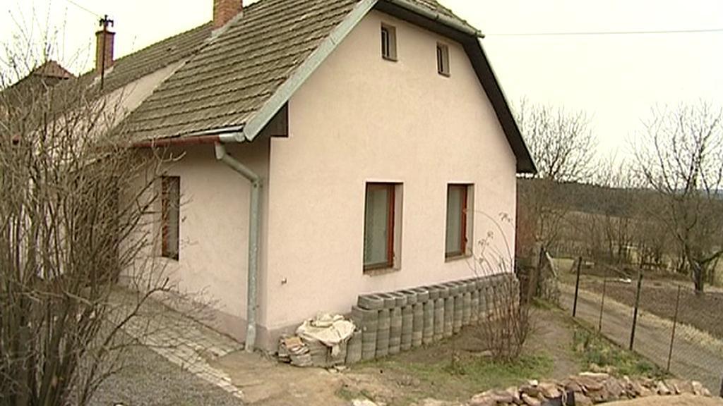 Dům č. 9 v Zašovicích - místo vraždy holčičky a jejího otce