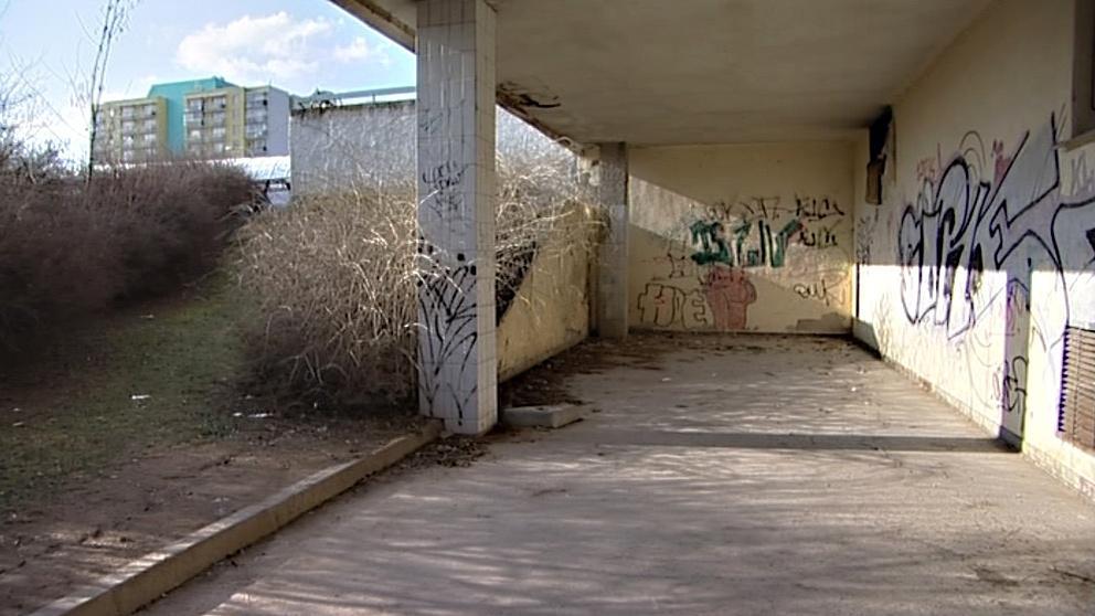 Opuštěný dům je terčem vandalů