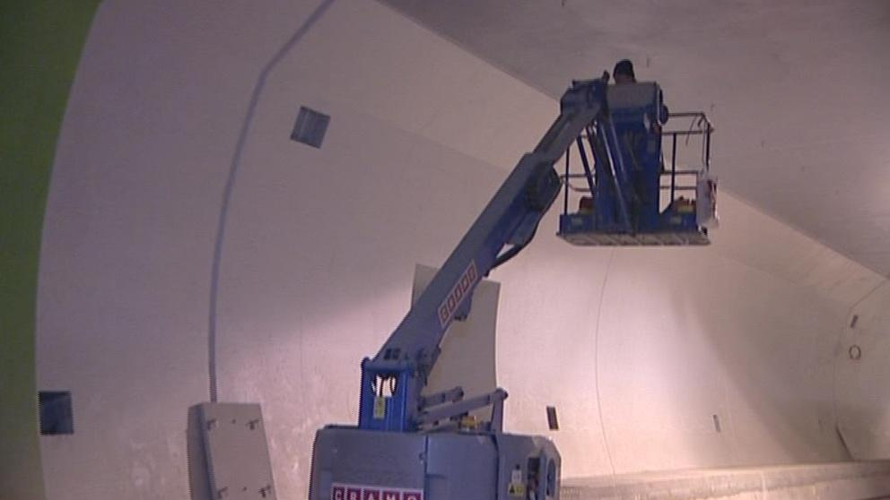 V tunelech probíhají dokončovací práce
