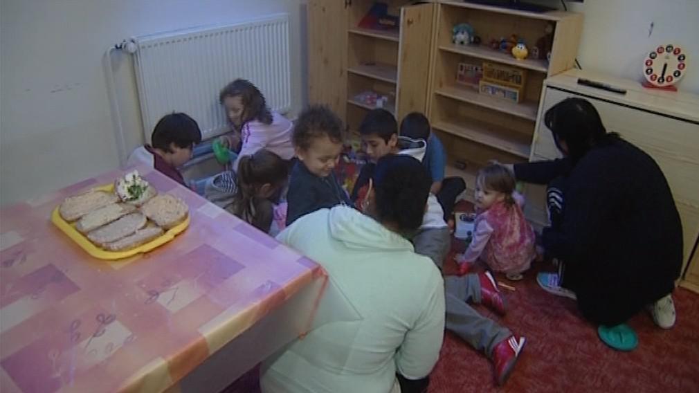 Děti s matkami v azylovém Domě svaté Markéty