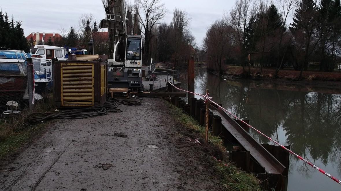 Práce na zvětšení přístaviště začaly