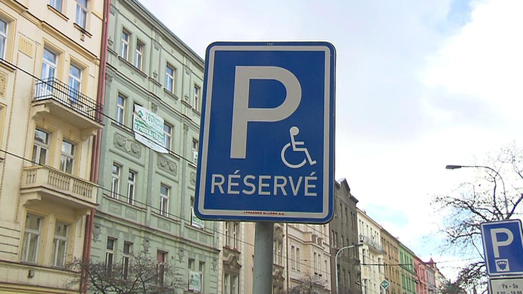 Stání vyhražené pro invalidy