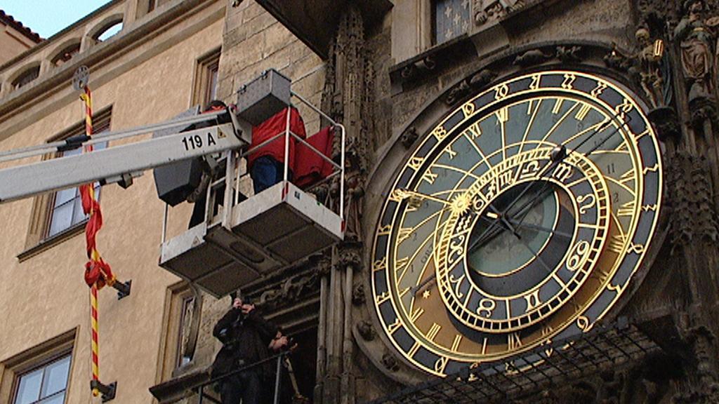 Sejmutí figur ze Staroměstského orloje