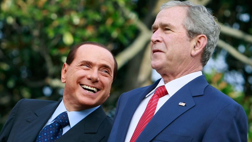 Silvio Berlusconi a George W. Bush