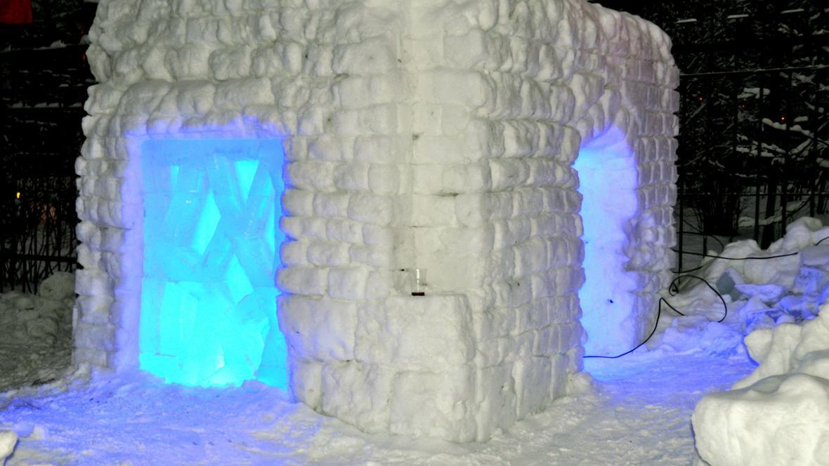 Vězení v moskevském ledovém městečku