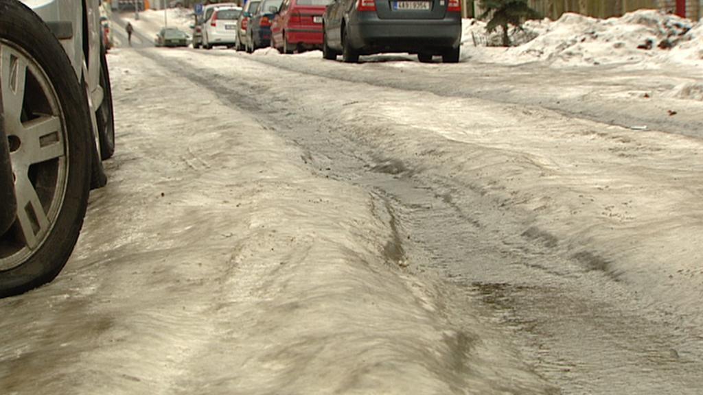 Ledovka na silnicích