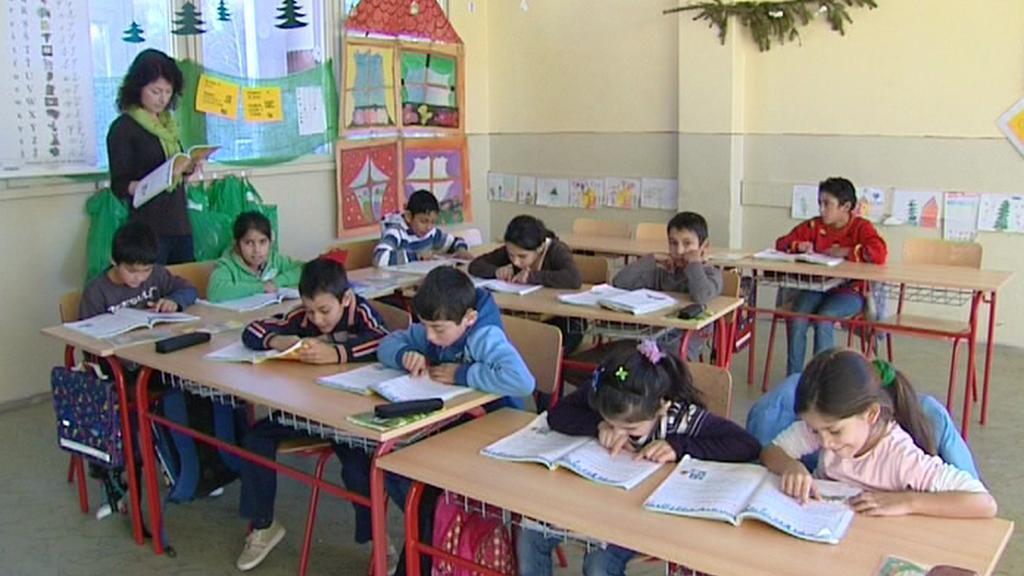 Slovenští Romové ve školách