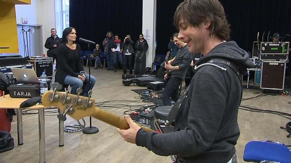 Přípravy před koncertem Tarjy Turunenové ve Zlíně