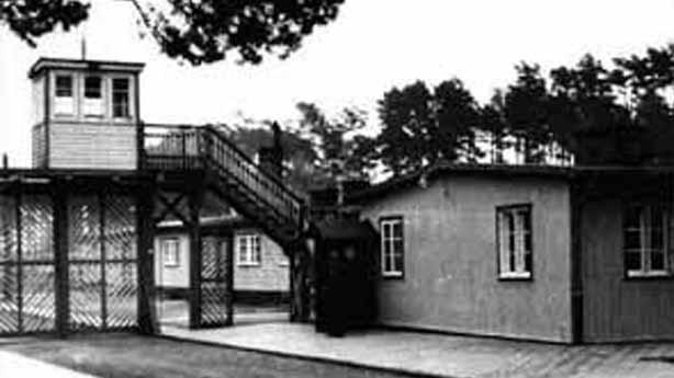 Vstupní brána koncentračního tábora Stutthof