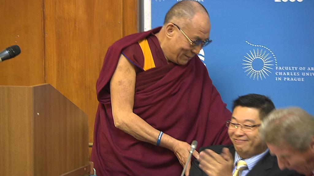 Jang Tien-lim s dalajlámou v Praze