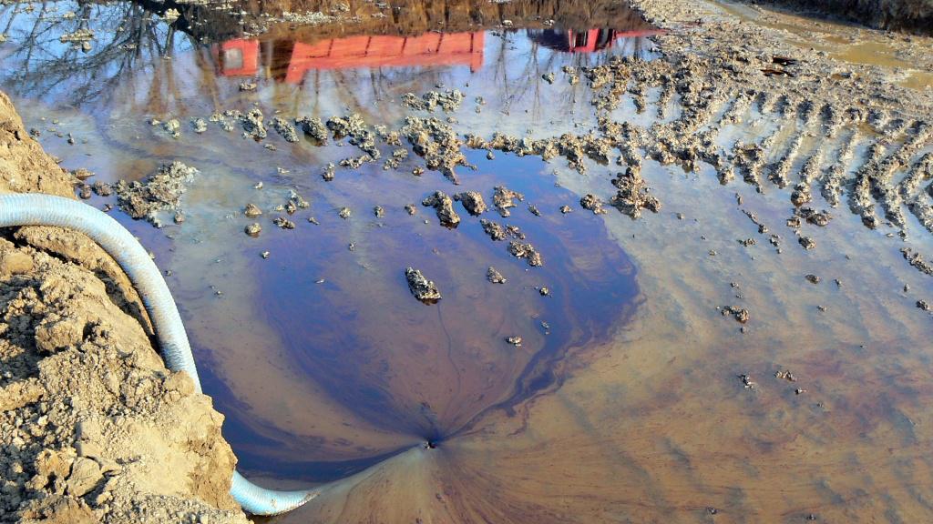 Likvidace ropných skvrn z podzemních vod