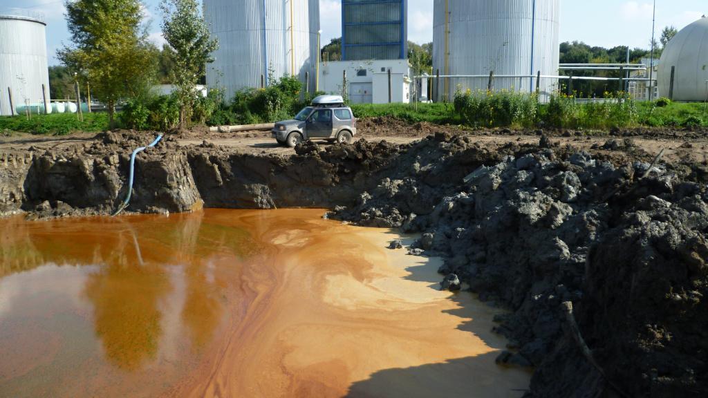 Znečištěná spodní voda