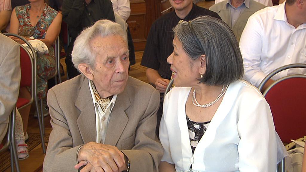 Josef Hejzlar s manželkou Taj-ťün