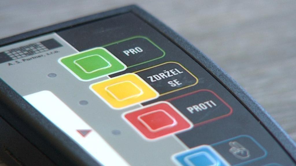 Hlasovací zařízení