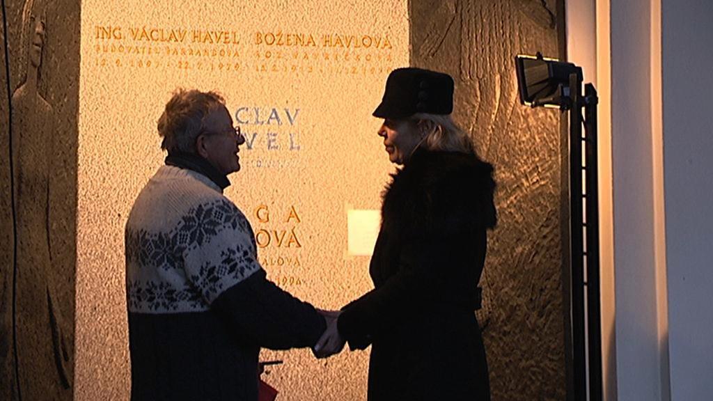Kameník Jiří Kubík s Dagmar Havlovou