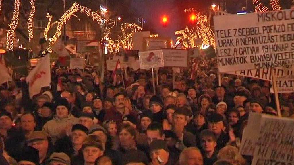 Demonstrace proti maďarské ústavě