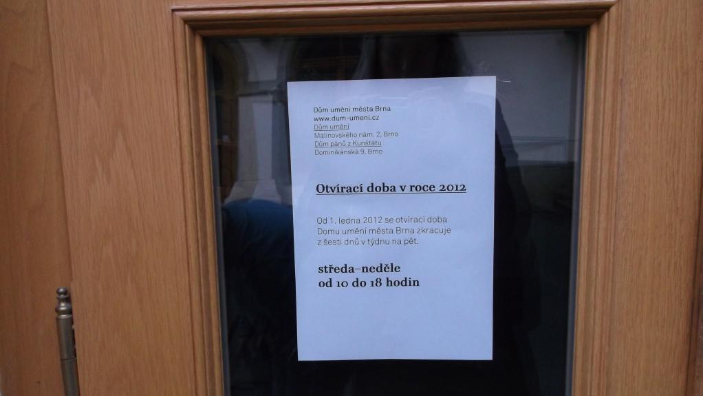 Oznámení o zkrácení otevírací doby v Domě umění