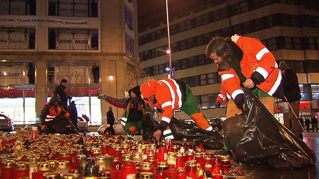 Odklízení svíček pro Václava Havla