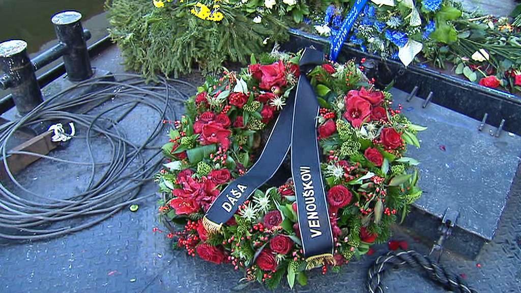 Loď s květinami pro Václava Havla
