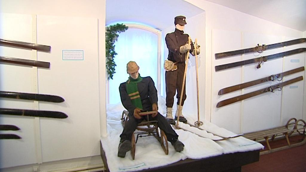 Výstava starého lyžařského vybavení
