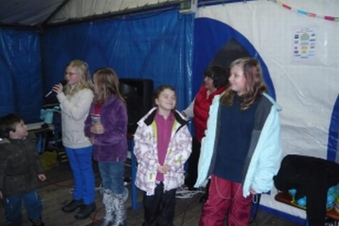 Hrátky s Kulíškem ve vánočním stanu