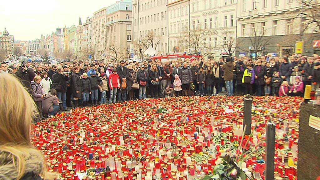 Minuta ticha na Václavském náměstí v Praze