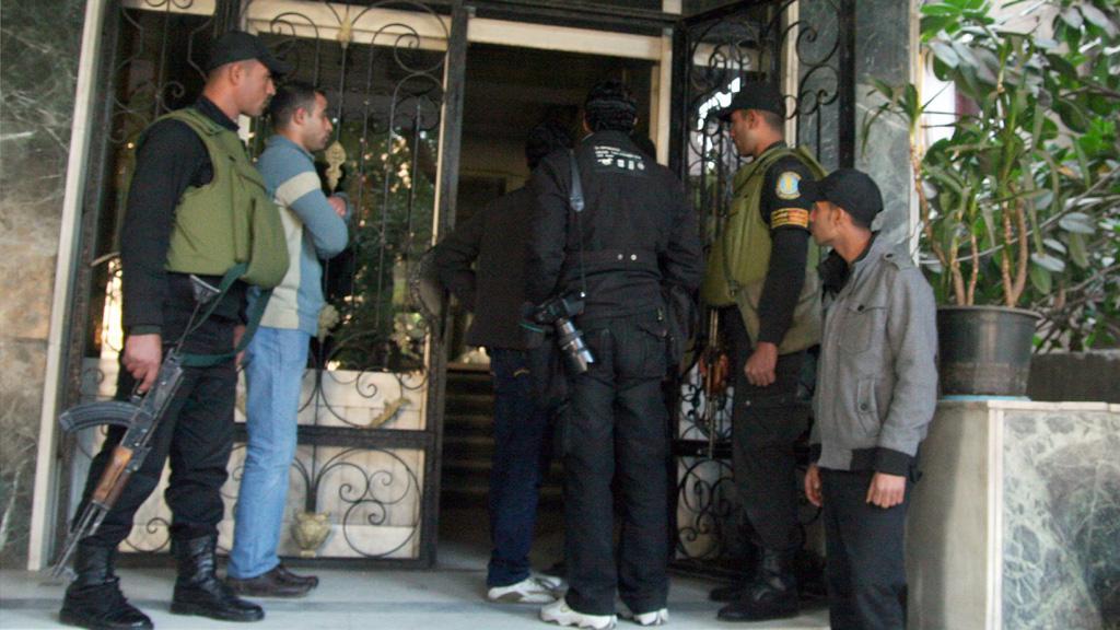 Egyptská policie provedla razii v nevládních organizacích