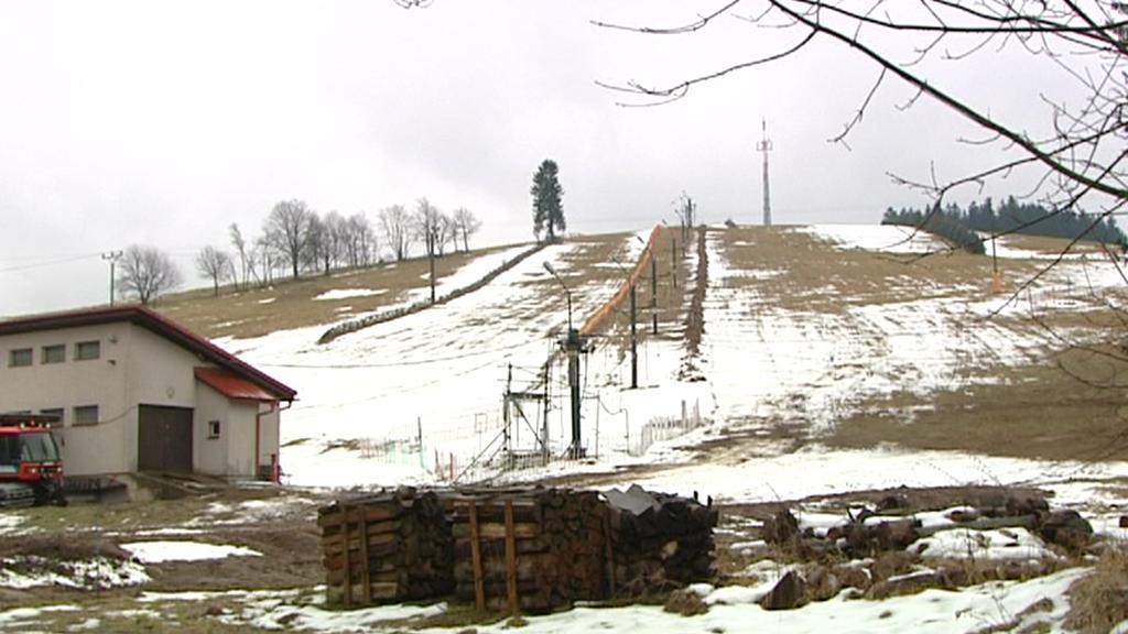 Špatné lyžařské podmínky v Bartošovicích