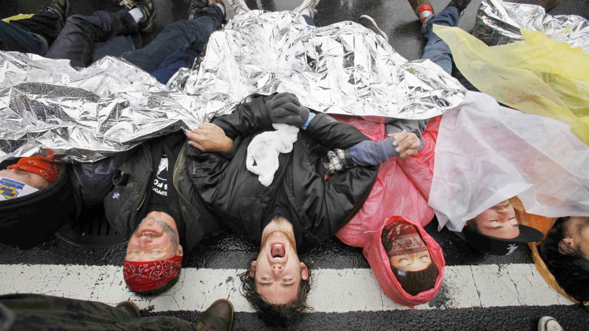 Demonstranti ve Washingtonu zablokovali křižovatku