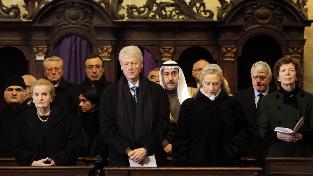 Madeleine Albrightová, Bill Clinton a Hillary Clintonová