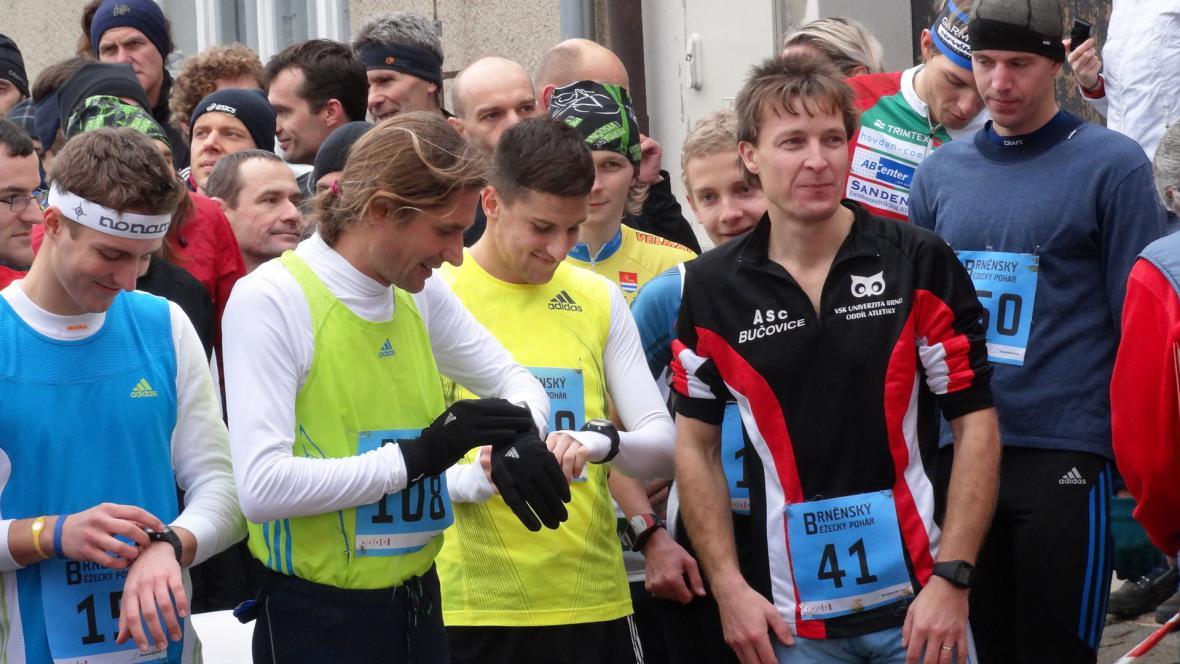 Na start se postavilo pět set běžců
