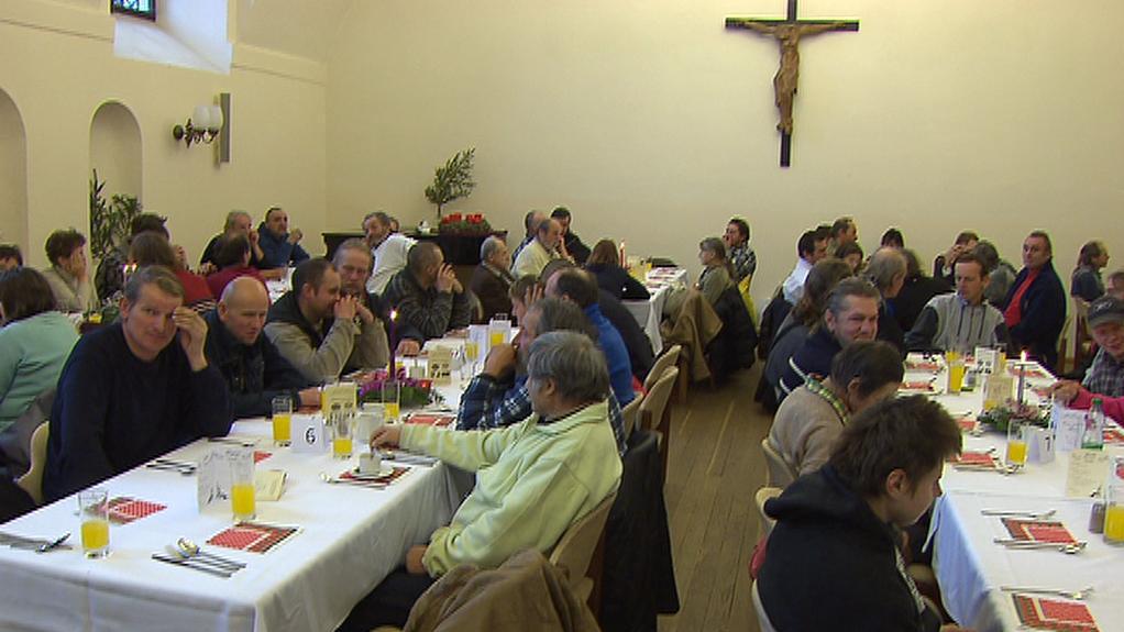 Vánoční oběd na půdě pražského arcibiskupství