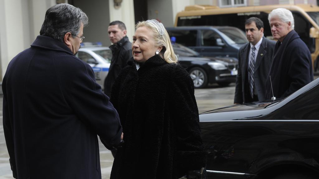 Příjezd Hillary Clintonové a Billa Clintona na Hrad